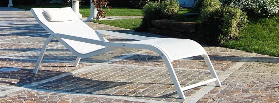 Sdraio Da Giardino In Alluminio.Home Bizeta Alluminio Srl Lettini Sdrai E Poltrone In Alluminio